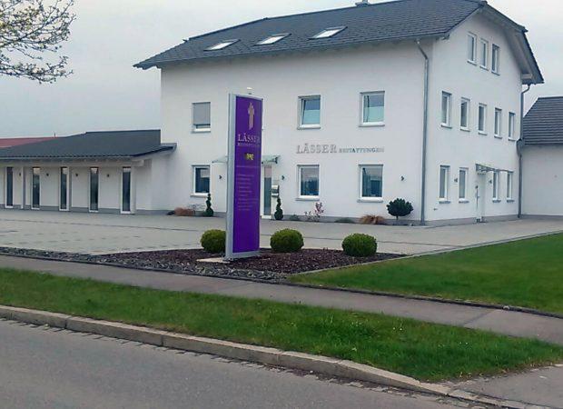 Fassade Geschäftsgebäude